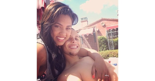 Cute-Pictures-Stephen-Curry-His-Wife-Ayesha